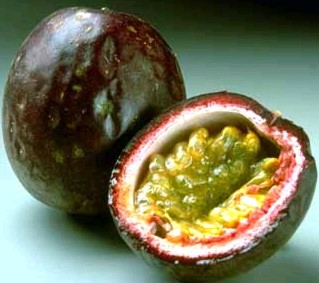 passion fruit in spanish strange green fruit